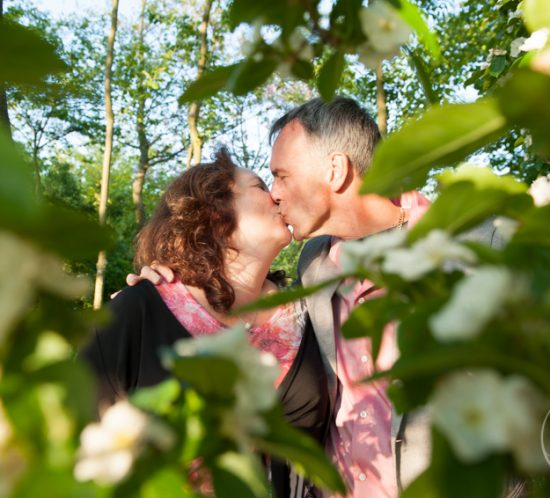 Nog steeds verliefd - echtpaar tijdens privé shoot