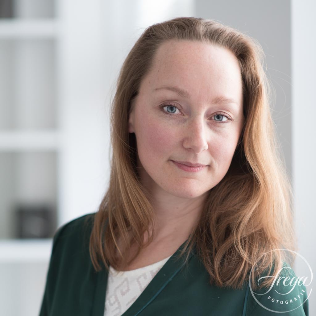portret Charlene met gefilterd licht