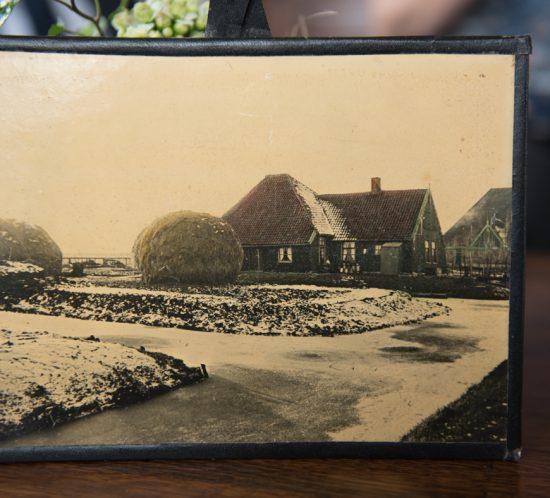 Foto van oude boerderij Warder